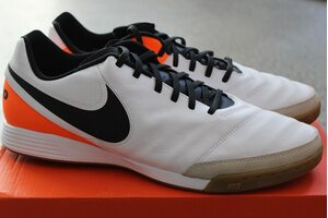 Кожаные футзалки NIKE TIEMPO GENIO II LEATHER IC 819215-108