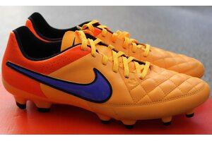 Футбольные бутсы Nike Tiempo Genio FG 631282-858