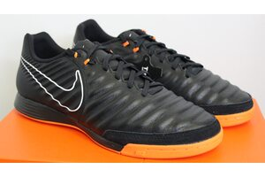 Кожаные футзалки Nike LegendX 7 Academy IC AH7244-080