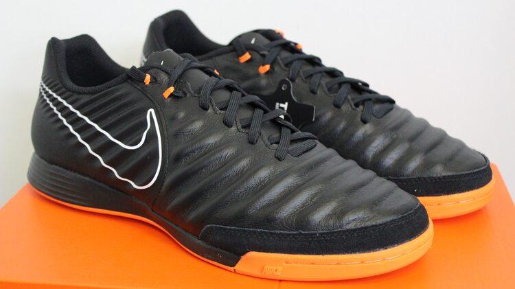 Новинка Кожаные футзалки Nike LegendX 7 Academy IC AH7244-080 ... 0c496e640d3ee